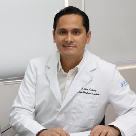 Especialista en vaginoplastia en Monterrey - Dr. Oscar Suárez